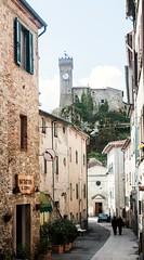 Roccatederighi an old village in Tuscany (Federico Violini) Tags: toscana tuscany italia italy siena grosseto nikond300 d300 roccatederighi maremmacountryside maremma