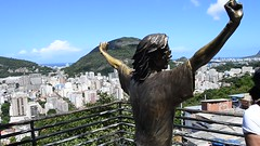 Michael Jackson Statue - Rio (CSCT3) Tags: favela rio santamaria neighborhood riodejaneiro art life colors infamous michaeljackson