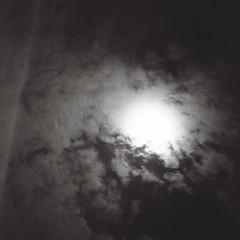 Sun (bdrc) Tags: asdgraphy agfa isolette agnar 85mm film 6x6 square medium format mf classic antique fujifilm neopan 100 acros blackandwhite monochrome sku sun cloud