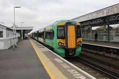 377212 (matty10120) Tags: barnham railway station southern class rail train transport travel england south 377
