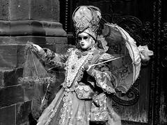 De Venise à Saverne 2017  20/40 (Izzy's Curiosity Cabinet in Venice Mood) Tags: venise venezia venice venedig fééries vénitiennes à la cour de saverne costumes masques costumés costumed défilé 2017