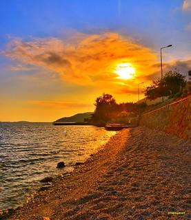 Mutlu akşamlar dilerim arkadaşlar güzel bir haftasonu tatili geçirmeniz dileğiyle selamlar 👍👏💗🌛 (kaş olympos mocamp beach sunset )🌞📷 1✏#sunset 2✏#günbatımı 3✏#olymposmocamp 4✏#beac