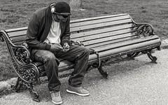 Hyde Park (penn.sara) Tags: blackandwhite nikon nikonitalia bnwrose worldbnw peoplescreative photography streetphotography phography bnw bn bnwvision photo street photographer bnwcaptures londra world topworldphoto people