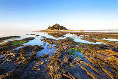 St Michael's Mount (Andrew Hocking Photography) Tags: stmichaelsmountmarrazion castle cornwall kernow outdoor seascape landscape morning sunshine april clearskyrocks rockpools seaweed bluesky
