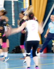 P1190647 VNVB - Pont à Mousson BEACH VOLLEY - Volley Ball Féminin Ligue 2 F 2016 - 2017 (alainalele1) Tags: vandoeuvre nancy volleyball féminin ligue 2 france pont mousson beach volley 2016 2017 alainalele lamauvida creative commons blogger bienvenue free photography lorraine волейбо́л siatkówka voleibol sports women french team banane instragrume alainalele1 alain alele paternité lofi 54