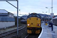Inv12063 37606 5S25 on 121212 (retbsignalman) Tags: scotrail inverness caledoniansleeper class37 37606
