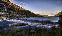 Llyn Ogwen - HDR (Paul Sivyer) Tags: lake snowdonia llyn ogwen paulsivyer wildwalescom