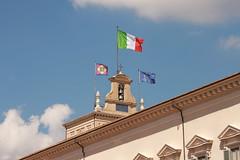 Buongiorno Italia (Pulchritudo) Tags: morning italy rome roma italia flag palace palazzo quirinale quirinal
