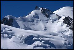 Chamonix, massif du Mont-Blanc, randonne en valle Blanche (Ytierny) Tags: panorama france montagne alpes altitude glacier piton neige midi blanche chamonix montblanc alpinisme massif hautesavoie valle aiguille belvdre srac corde ytierny