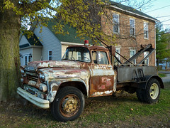 Rusty Old 1959 Chevrolet Viking 60 Tow Truck (J Wells S) Tags: rust rusty crusty mountcarmelindiana rusty1959chevroletviking60towtruck