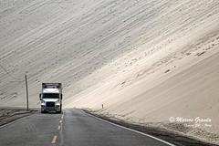 Como saliendo de la arena (Marcos GP) Tags: road peru truck highway camion pista arequipa marcosgp