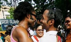 อินเดียเดินถอยหลัง ประกาศชาวสีม่วงผิดกฎหมาย