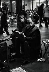 portrait with hand (LuiGi148.) Tags: street 30 canon iso100 donna reflex strada luzern persone uomo pancake 40mm svizzera stazione f28 sera muri segnali normale 160 treni emozioni pomeriggio tedesco sfuocato tardo 650d apsc streetphotografy manolibera canon40mmstm
