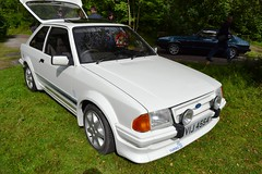 1985 Ford Escort Mark III RS Turbo – VIJ 4554 (Paul D Cheetham) Tags: show white classic cars ford car museum four kent october village 1st mark iii engine turbo classics 16 petrol straight 1985 rs tramway escort litre crich – vij 4554 2013 1598cc straightfour vij4554