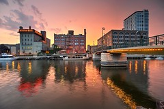 Sundown on the Milwaukee River by the Highland Avenue Pedestrian Bridge (johndecember) Tags: bridge sunset summer usa tourism wisconsin river evening boat store downtown gallery factory album sausage july gimp pedestrian transit milwaukee hdr edelweiss riverwalk 2012 mke westtown milwaukeeriver usingers easttown photomatixpro gnuimagemanipulationprogram photoscape canonef1635mmf28liiusm highlandavenuepedestrianbridge highlandavenuebridge canoneos5dmarkiii lensdistortiontransformation westsidenorthofstate photomatixpro5