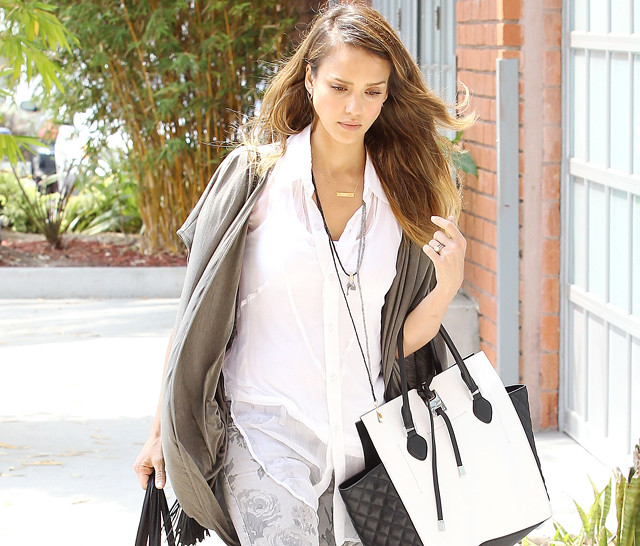 Jessica-Alba-Michael-Kors-Miranda-Tote-Bag.jpg