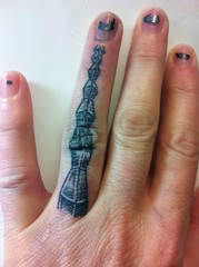 The Endless Column (NiceBastard) Tags: evasoulink romania finger main hand tatouage tätowierung tattoo brancusi coloanainfinitului theendlesscolumn nicebastard dorinpopa constantinbrâncuși