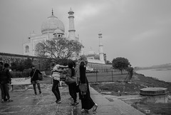 Rain (vjisin) Tags: tajmahal wonder agra india architecture shahjahan mumtaj asia whitemarble marble mughal wonderofworld outdoor mosque tajmosque blackandwhite monochrome indianheritage nikond3200 nikon nikonofficial incredibleindia indianstreetphotography streetphotography street moments rain wet indiangirls girls