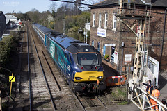68003 departs Brundall working 2J74 1205 Norwich - Lowestoft 13/03/2017 (Paul-Green) Tags: class 68 68003 68016 vossloh eurolight diesel engine drs direct rail services aga abellio greater anglia passenger service 2j70 1005 norwich lowestoft train uk gb railways flickr canon 7d mk2 mark ii brundall norfolk outdoors sun sunny afternoon march 2017 lc level crossing gates tracks station stock staff pway buildings