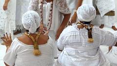 Respeito (Antonio_Dourado) Tags: faith fé religião religion candomblé riodejaneiro brazil brasil digital canon canonsx50hs canonpowershotsx50hs canonsx50 canonpowershotsx50 canonpowershot patrimônio patrimônioculturalbrasileiro blackculture