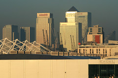 Canary Wharf and ExCel from Premier Inn (Katy/BlueyBirdy) Tags: canarywharf onecanadasquare excel excelexhibitioncentre sunrise premierinn view skyline docklands london 2007