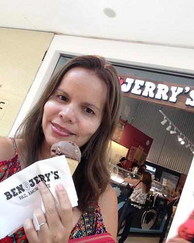 Eu sou menos baunilha e mais chocolate. #benandjerrys #icecream #chocolate #diliça