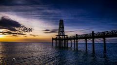 Lumière du jour (Fred&rique) Tags: lumixfz1000 photoshop hdr portleucate aude mer méditerranée aube lumière jour ciel couleurs aurore jetée architecture ponton eau