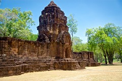 Ancient Khmer temple ruin in Prasat Muang Singh in Kanchanaburi, Thailand (UweBKK (α 77 on )) Tags: thailand southeast asia sony alpha 77 slt dslr kanchanaburi province prasat muang singh khmer temple ruin ancient history historical museum open air stone trees