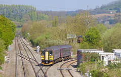 153329 leading 153372 2O90 1251 Great Malvern - Weymouth at Bathampton Junction 12.04.2017 (The Cwmbran Creature.) Tags: british rail class train trains railway railways 153 spriter wessex avon england junction sprinter gwr