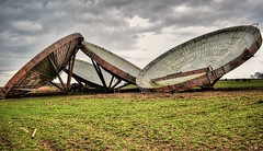 Disused dishes at RAF Stenigot. (steveshaw67) Tags: stenigot dishes communication war cold