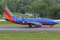 Southwest Airlines // Boeing 737-7H4 // N278WN (cn 36441, ln 2281) // KCMH 4/28/17 (Micheal Wass) Tags: cmh kcmh johnglenncolumbusinternationalairport johnglenninternationalairport johnglennairport wn swa southwest southwestairlines boeing 737 boeing737 737700 boeing737700 7377h4 boeing7377h4 boeing737nextgeneration 737ng b737 n278wn aerotagged aero:airline=swa aero:man=boeing aero:model=737 aero:series=700 aero:tail=n278wn aero:airport=kcmh
