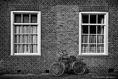 Typically dutch (christian.grelard) Tags: dutch house bicycle bike bicyclette netherlands bw blackandwhite monochrome nb noiretblanc