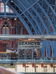 Searcys champagne bar in St Pancras Station London [shared] (Simon Bolton UK) Tags: london station bar champagnebar searcys
