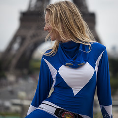 (Sergi Wave) Tags: street people woman paris france tower beauty smile japan lady canon fun happy japanese tour power expo flash joy smiles streetphotography july wave eiffel 100mm mob blond 5d morph trocadero sergi rangers trocadro zentai 2013 japanexpo zenta morphsuit