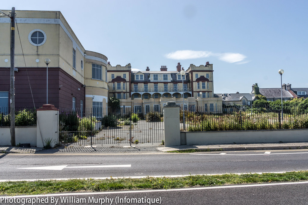 THE LA TOUCHE HOTEL In Greystones [Closed in 2004, this hotel suffered from fire damage in 2006]