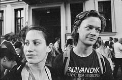 Isa & Jaspar, Kreuzberg, Berlin (m0gg) Tags: portrait berlin film canon germany 28mm trix fujica canoscan karnaval homedeveloped adox adonal 8800f