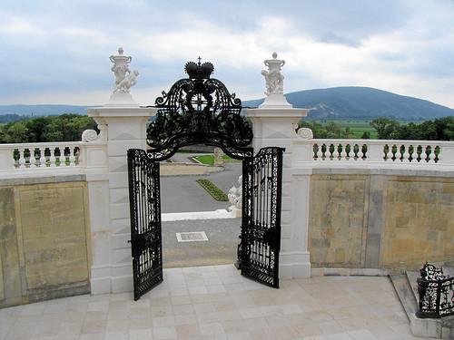Schloss Hof – Abgang zum unteren Parterre