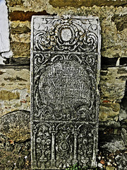 Piatr de mormnt (cred) (cod_gabriel) Tags: tombstone bulgaria bulgarie bulgarien bulharsko bulgaristan arbanasi   bulgria      velikotrnovo   welikotarnowo trnova         piatrdemormnt