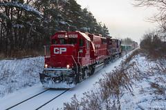 SD6Deece Leader on 142 (Ryan J Gaynor) Tags: railroad winter snow train railway trains cp railfan intermodal emdsd60 hamiltonsubdivision cp142