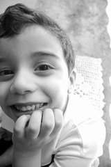 IMG_6656 (Marcos Laffyte) Tags: white black branco child retrato preto e criana