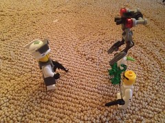 If you give a mouse a cookie... (moonbeamlaser) Tags: friends pet star marine lego wildlife alien wars division battalion recon reconnaissance marsoc legography vision:outdoor=0921 forecon