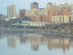 Washington Heights on Hudson (JeffReuben) Tags: nyc newyorkcity newyork manhattan hudsonriver washingtonheights henryhudsonparkway riversidedr nycparks fortwashingtonpark