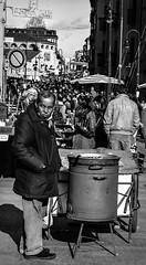 Caldarroste (buch_79) Tags: nikon gente mercato granbaloon d7100
