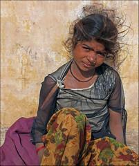 Street Child (jo92photos) Tags: streetchild child streetphotography portrait girl india city citylife 15challengeswinner unanimouswinner