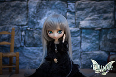 Ultime - Pullip Make It Own MIO by Ovie (RozenPullip) Tags: pullip fc full custo glass eyes wig leekeworld obitsu white l makeup doll angel wings ovie mio make it own clothes dress outfit black silver