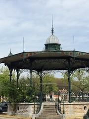 L'élégance oubliée du kiosque de la musique de Bayonne (léocadie1920) Tags: bayonne dentelle élégance kiosqueàmusique