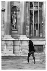 L'histoire vous contemple... - History contemplates you... (P. Eric) Tags: louvre paris personnages