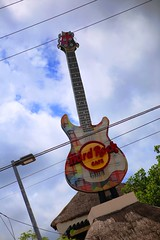 IMG_6512 (AndyMc87) Tags: hard rock cafe cozumel mexico colourful clouds sky cable crossing travel tour tourism guitar hugh gitarre canon eos 6d 2470 l