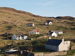 Castlebay Cottages (matthew.devalle) Tags: scotland outer hebrides western isles barra vatersay