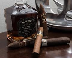 Cigars and Whiskey. (ibf150) Tags: nikond750 nikon d750 jackdaniels whiskey cigars arturofuente cohiba cubancigars cigarsandspirits drewestate padron